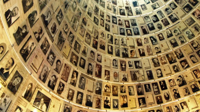 Yad Vashem Hall of Names