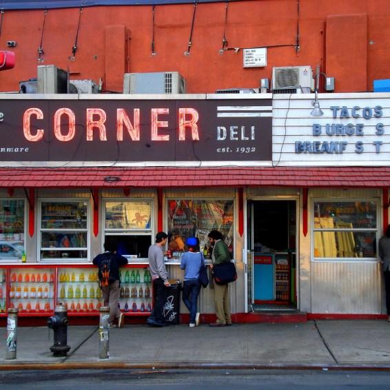 la esquina | distantlocals.com
