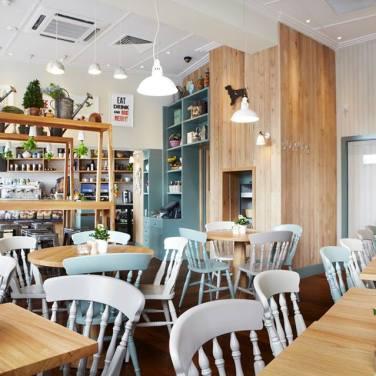 muriel's kitchen | distantlocals.com