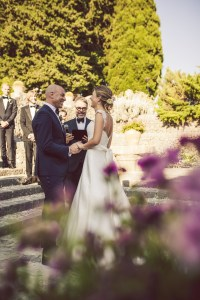 Celebrant Ulf conducts a wedding ceremony