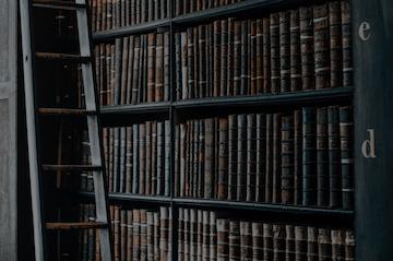 Distinct-Press-Bookstore