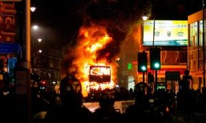 La violencia como estallido social: algunas reflexiones sobre Inglaterra, Francia y Argentina