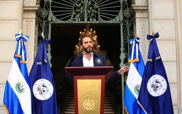 Nayib Bukele, el mesías de Twitter. Una mirada desde El Salvador