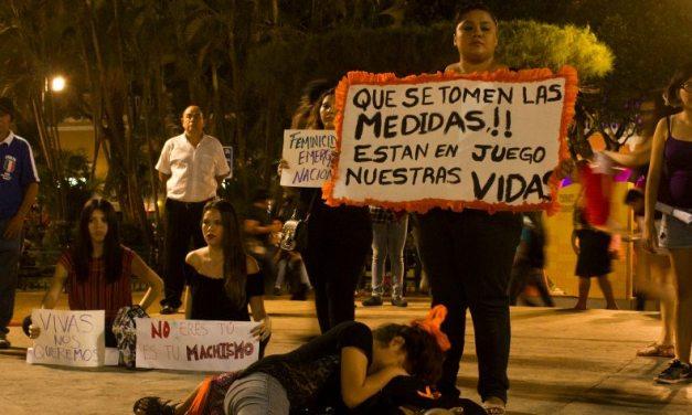Yucatecas se unen al 25N