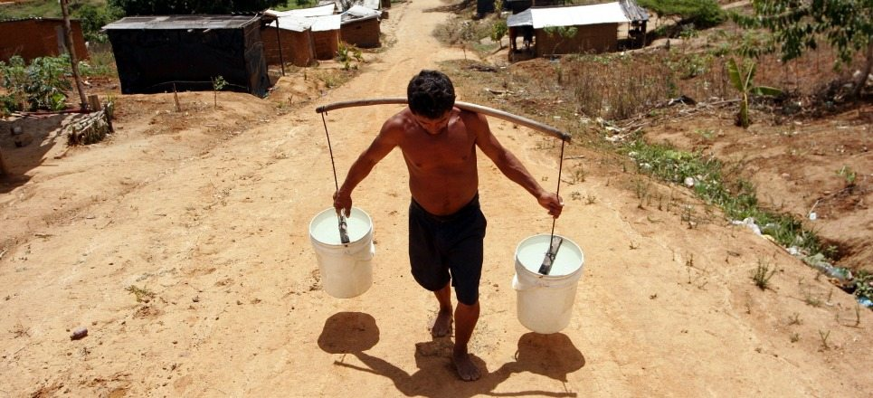 En América Latina abundan el agua y la sed