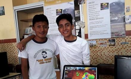 Jóvenes ecuatorianos de 17 años crean juego para combatir la obesidad infantil
