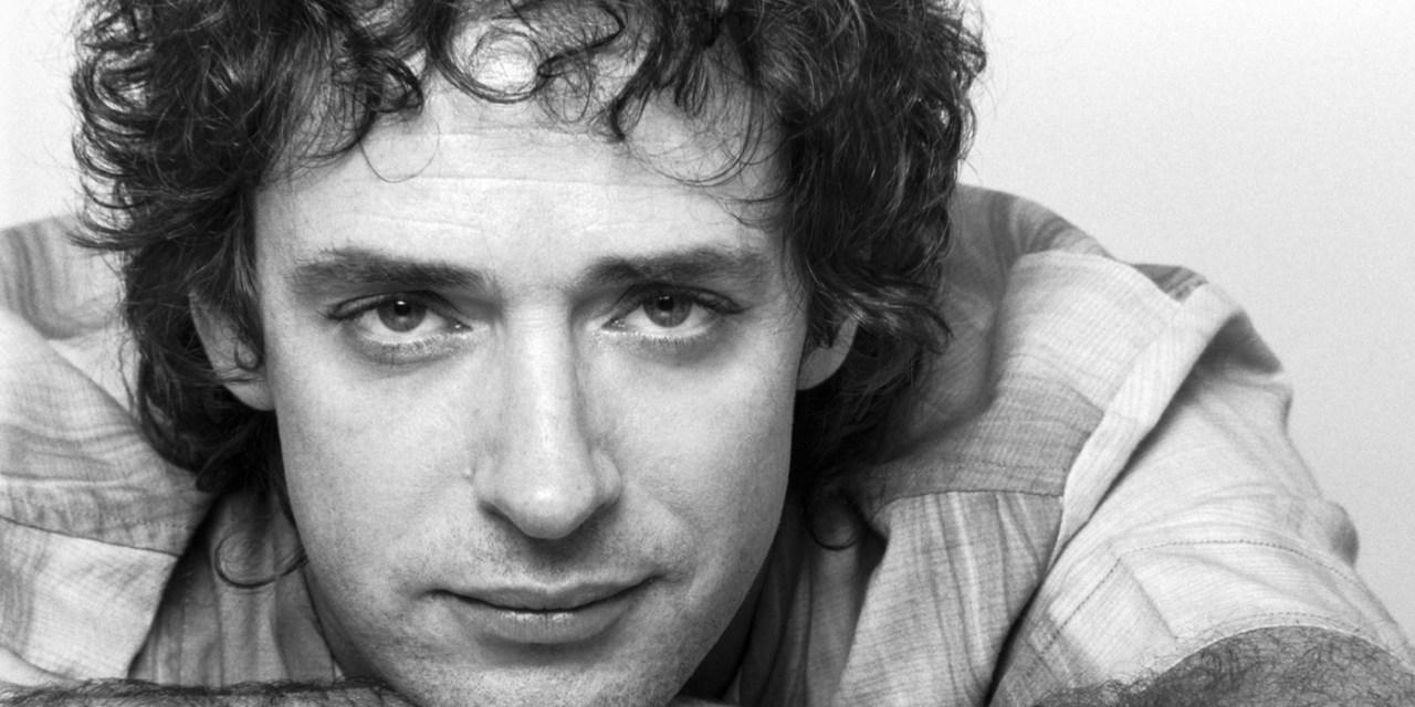 A cuatro años de su muerte, diez canciones de Gustavo Cerati: el músico que conquistó a latinoamérica