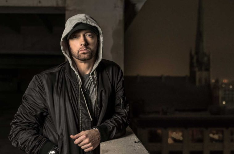 Eminem Rips Donald Trump In BET Hip Hop Awards Freestyle Cypher-Distract TV