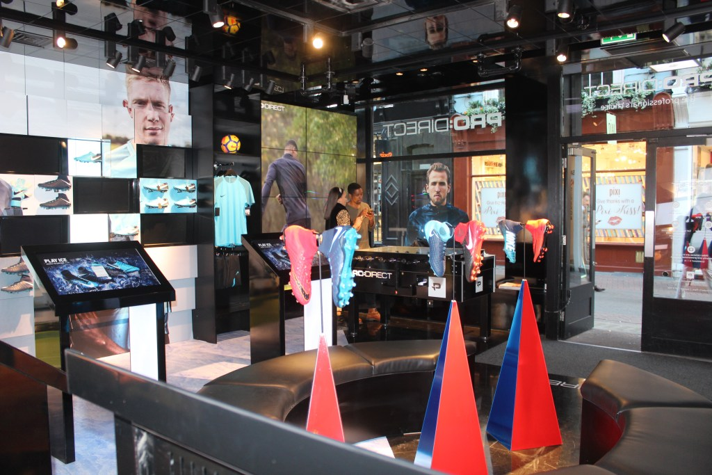Distract TV- pro direct london soccer- Carnaby street