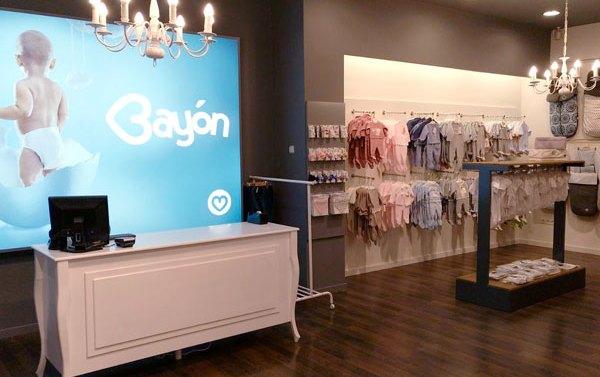 Bayón suma a su tienda online de bebes una quinta tienda física en España