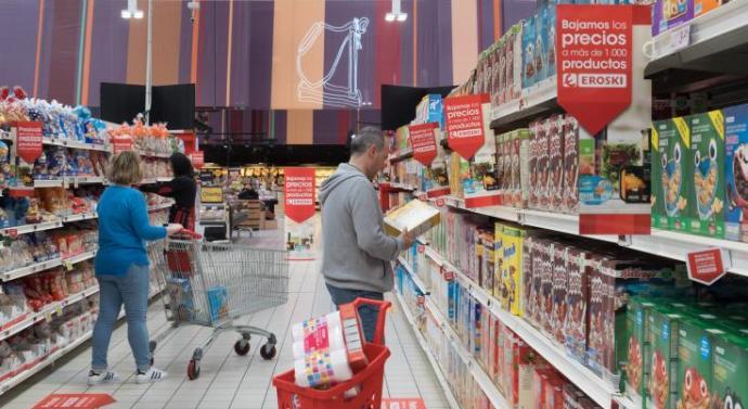 Eroski baja los precios en más de mil productos de alimentación y frescos