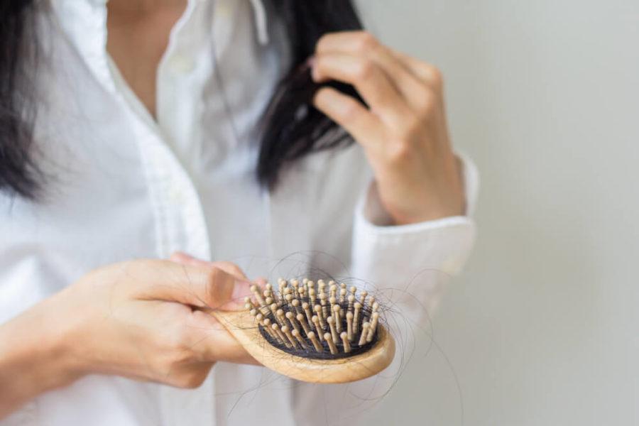 Trucos para combatir la caída del cabello de forma sencilla