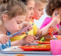 La mayoría de los escolares, expuestos a alimentos poco saludables