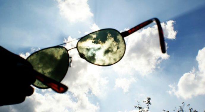 Usar gafas de sol con cristales no homologados arriesga la salud visual