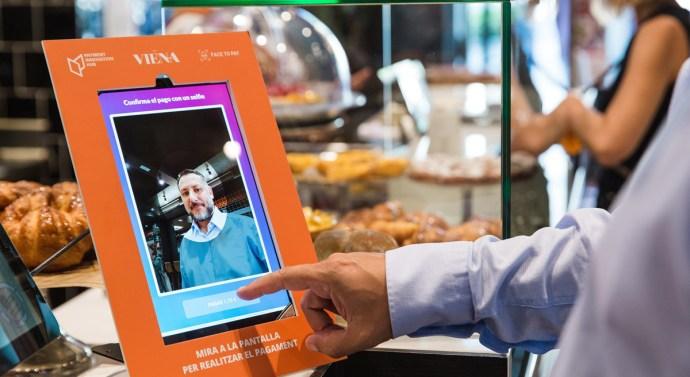 El restaurante Viena  permite el pago biométrico por primera vez en España