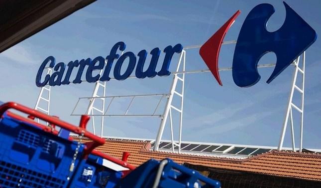 Barings compra 10 supermercados de Carrefour en España