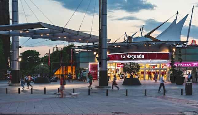 La Vaguada ayuda a sus comerciantes, empleados y clientes con una tarjeta-bono