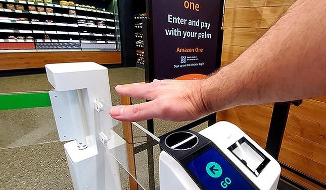 Amazon One: llegan los pagos seguros con la palma de la mano