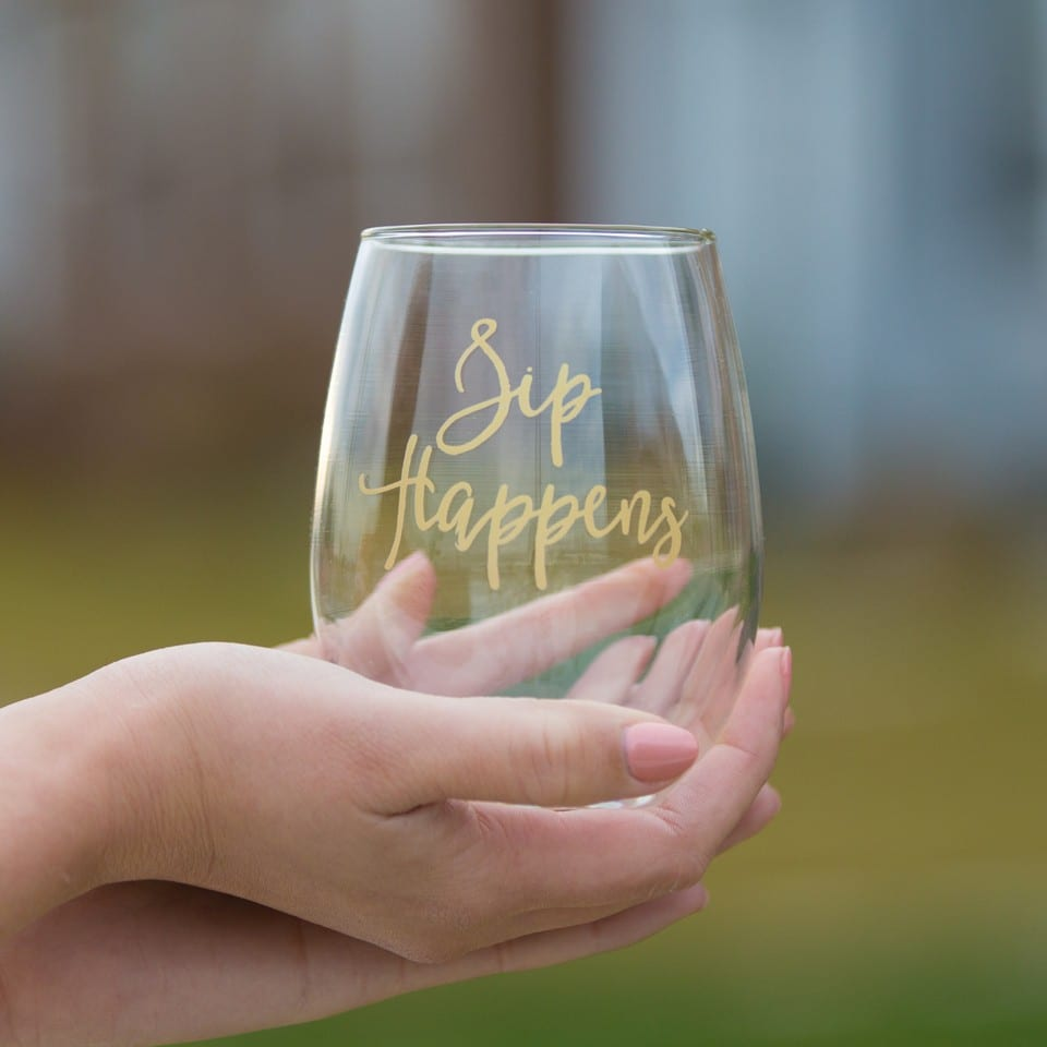 Fun, punny wine glasses?! Yes, please! Creations by Sasha, a member of the District Bliss Community, makes adorable wine glasses that are perfect for gifts!