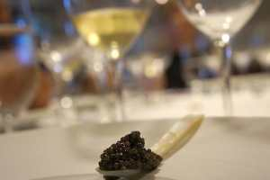 Dégustation-découverte Caviars et Vins avec la collaboration de Nunc est Bibendum. @ Vieux Lyon
