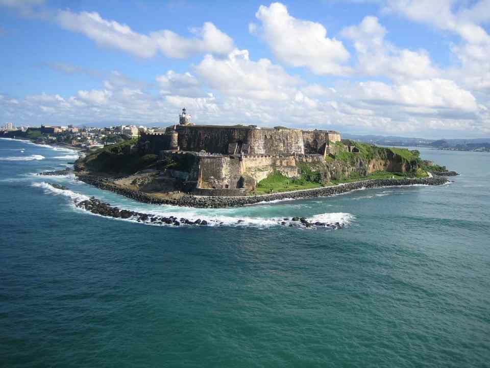 Where to go in Puerto Rico? The home of rum and coffee!