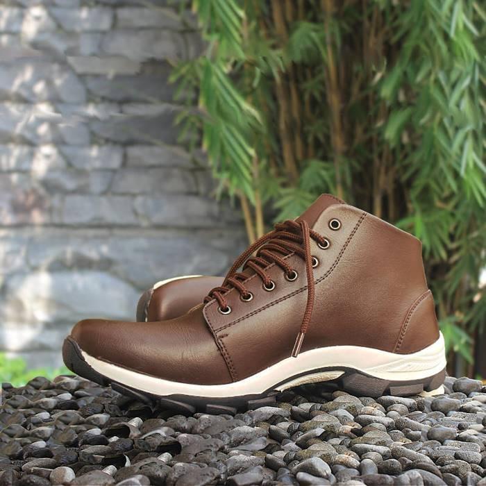 S Van Decka Sepatu Pria Formal EER010K 39 COKLAT