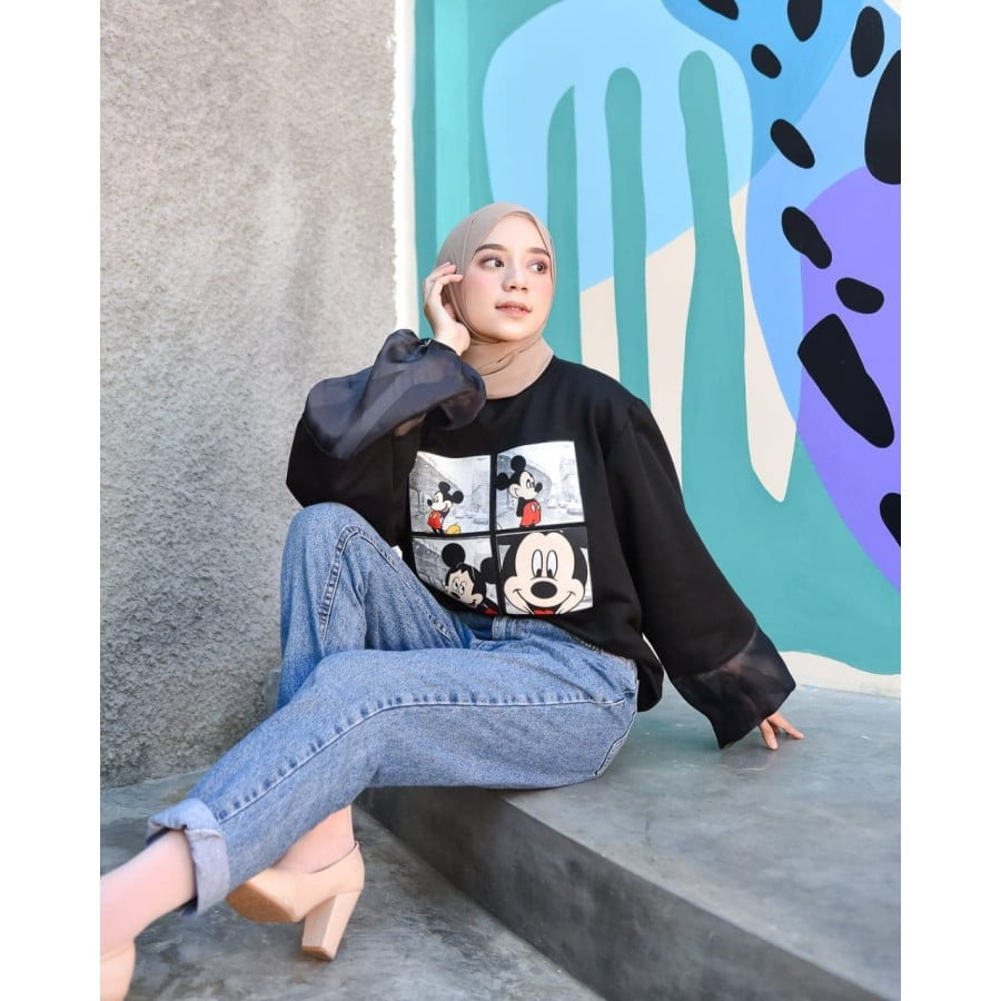Mickey Stradiv Oversize Sweater