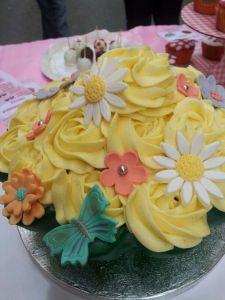 tarta mega cupcake