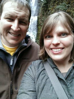 Mediocre selfie in front of Multnomah Falls