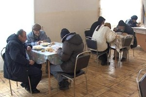 "Armenia -- Yerevan's homeless at a temporary shelter provided by municipality and ""Hans Christian Kofoed"" fund, Yerevan, 23Dec2011"