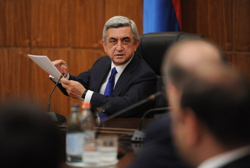 Armenia -- President Serzh Sargsyan rebukes senior government officials for practicing kickbacks, Yerevan, 15Sep2012