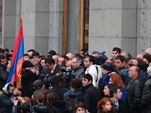 Armenia -- Dashnakstutyun leader Armen Rustamian and HAK MP Nikol Pashinian at Raffi Hovhannisian's post-election rally, Yerevan, 22Feb2013
