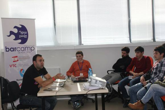 "Armenia -- Artur Papan (me) speaking about ""Number 1 problem of Multimedia"" at BarCamp Vanadzor, 12Nov2016"