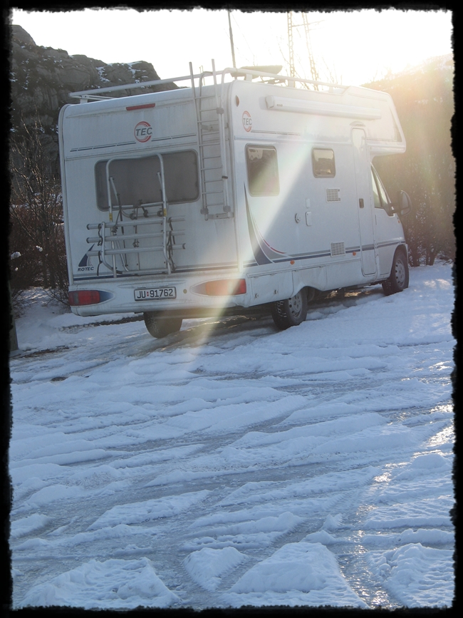 Bobilen et sted i Øygarden en kald vintermorgen