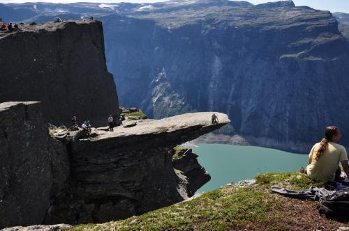 Trolltunga bilde; Kvinnherad turistforening