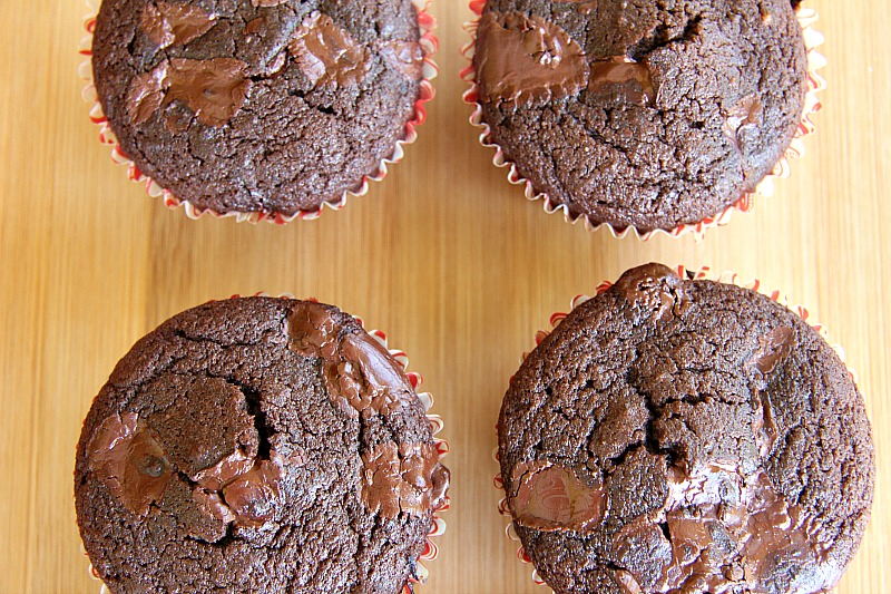 spiced-chocolate-chip-muffins