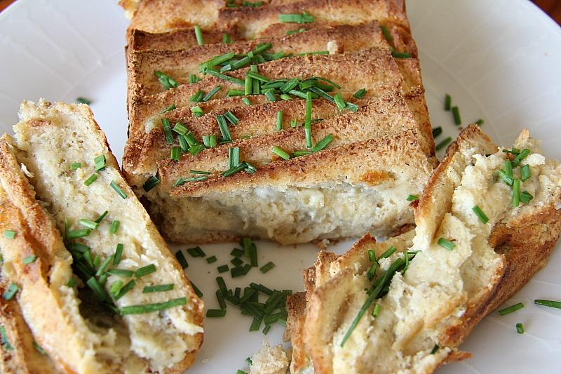 blue-cheese-bread