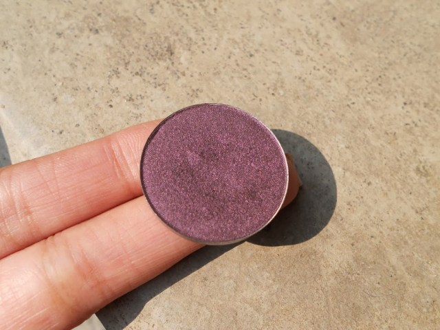 Inglot Freedom Refill Eye Shadow in shade Pearl 446: Review, Swatch and EOTD