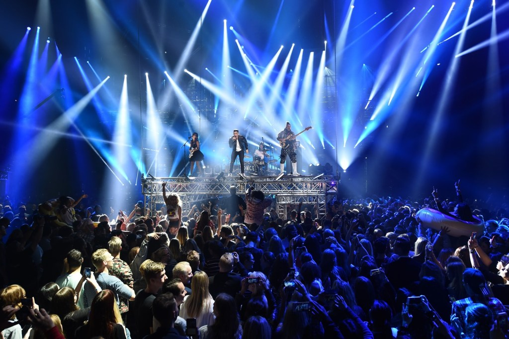 ROTTERDAM, NETHERLANDS - NOVEMBER 06:  JinJoo Lee, Joe Jonas, Jack Lawless and Cole Whittle perform on stage at the MTV Europe Music Awards 2016 on November 6, 2016 in Rotterdam, Netherlands.  (Photo by Ian Gavan/Getty Images for MTV)