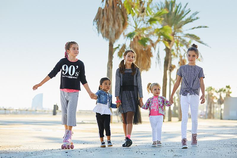 Minibrands - iDO olasz gyermekruházat 0-16 éves korig a Minibrands  képviseletében ... 3191ea7814