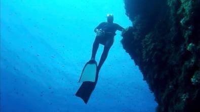 {:en}Freediving in Malta, Cirkewwa, Malta{:}{:it}Apnea a Malta, Cirkewwa, Malta{:}
