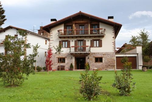 127883_hotel-iribarnia-_1291638446_g