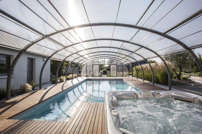 cubierta_de_piscina_alta_curva_y_adosada1.jpg