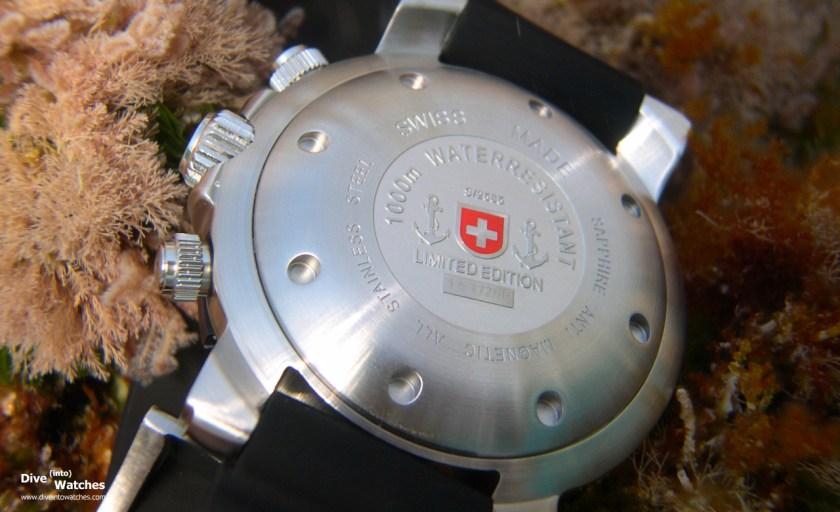 cx_Swiss_Military_1000_Argonaut_Caseback_Submerged
