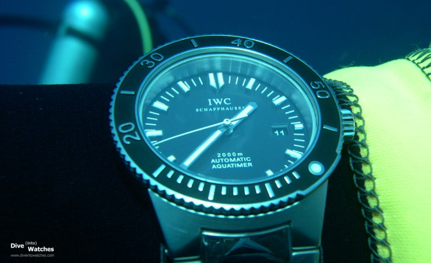 IWC_GST_Aquatimer_2000_Front_Submerged