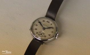 """Die erste Armbanduhr mit der Markenbezeichnung """"Seiko"""" (1927)"""