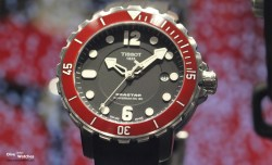 Tissot_Seastar_1000_Red_Front_Baselworld_2014