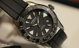 Eterna_KonTiki_Diver_200_Steel_Black_Dial_Frontal_Baselworld_2017
