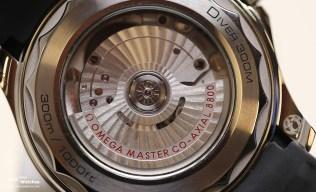 Omega_Seamaster_300_Diver_Blue_Back_Baselworld_2018