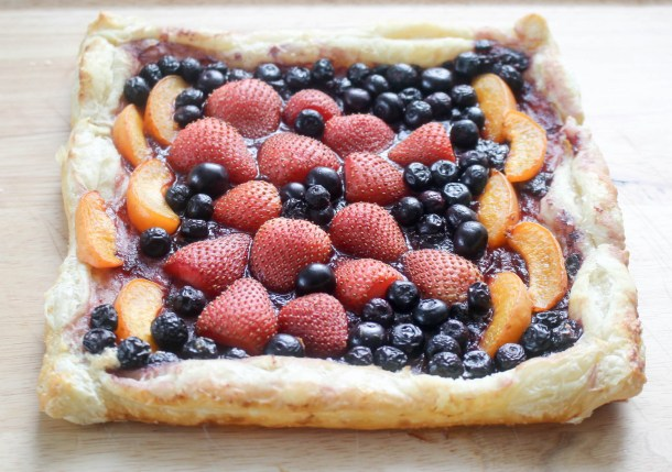Fruit Tart by Diverse Dinners